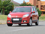 Photos of Renault Sandero BR-spec 2011
