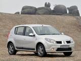 Renault Sandero Vibe 2010 images