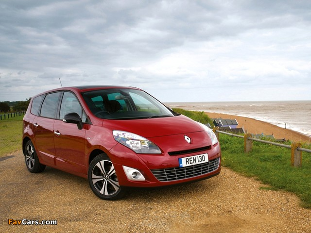 images of renault grand scenic bose uk spec 2010 12 640x480. Black Bedroom Furniture Sets. Home Design Ideas