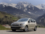 Photos of Renault Grand Scenic 2009–12