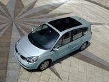 Pictures of Renault Grand Scenic 2006–09