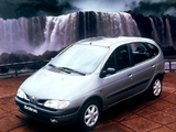 Renault Megane Scenic 1996–99 photos