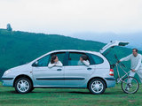 Renault Scenic 1999–2002 images