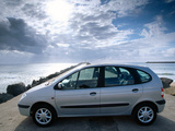 Renault Scenic 1999–2002 pictures