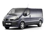 Photos of Renault Trafic LWB Van 2010