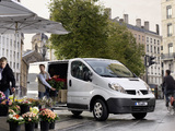 Photos of Renault Trafic Van 2010