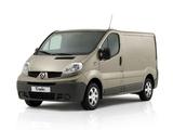 Renault Trafic Van 2006–10 pictures