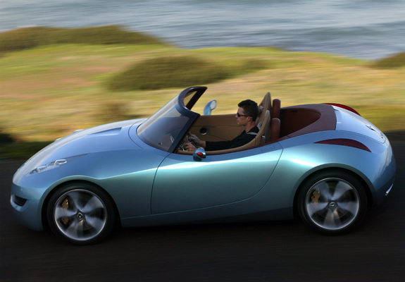 Renault Wind Concept 2004 Pictures