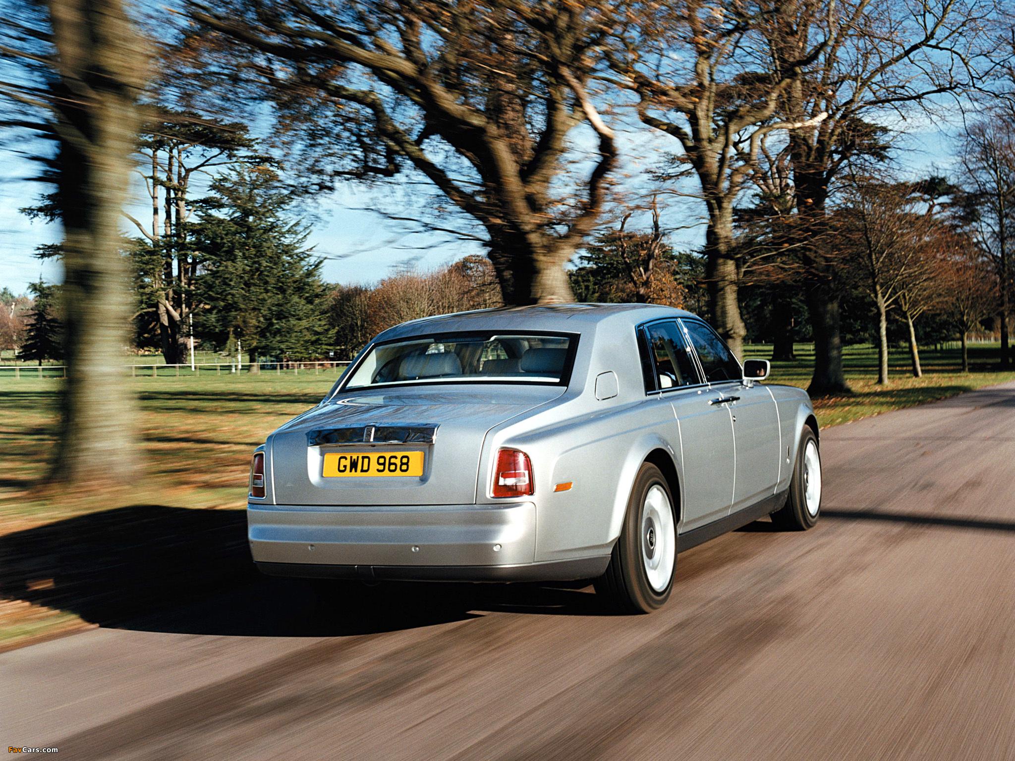 Images of Rolls-Royce Phantom UK-spec 2003–09 (2048 x 1536)