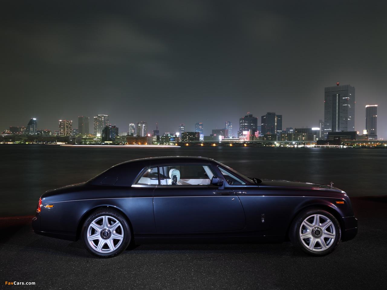 Images of Rolls-Royce Phantom Coupe UK-spec 2009–12 (1280 x 960)