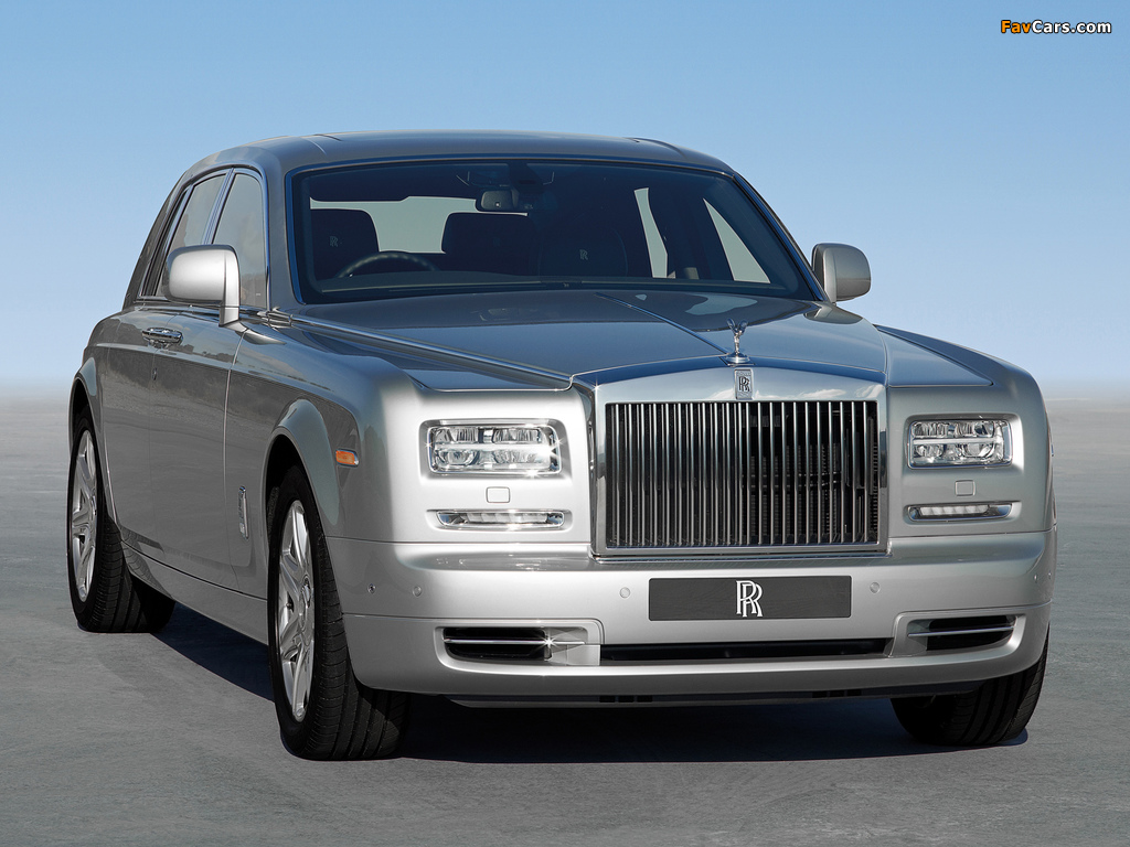 Images of Rolls-Royce Phantom UK-spec 2012 (1024 x 768)
