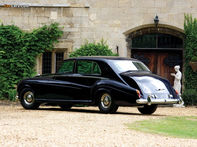Images of Rolls-Royce Phantom V Limousine by James Young 1959–63 (800 x 600)