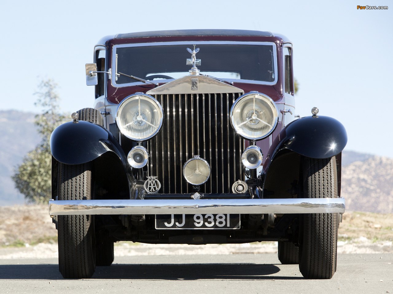 Pictures of Rolls-Royce Phantom II Continental Touring Saloon by Barker 1933 (1280 x 960)