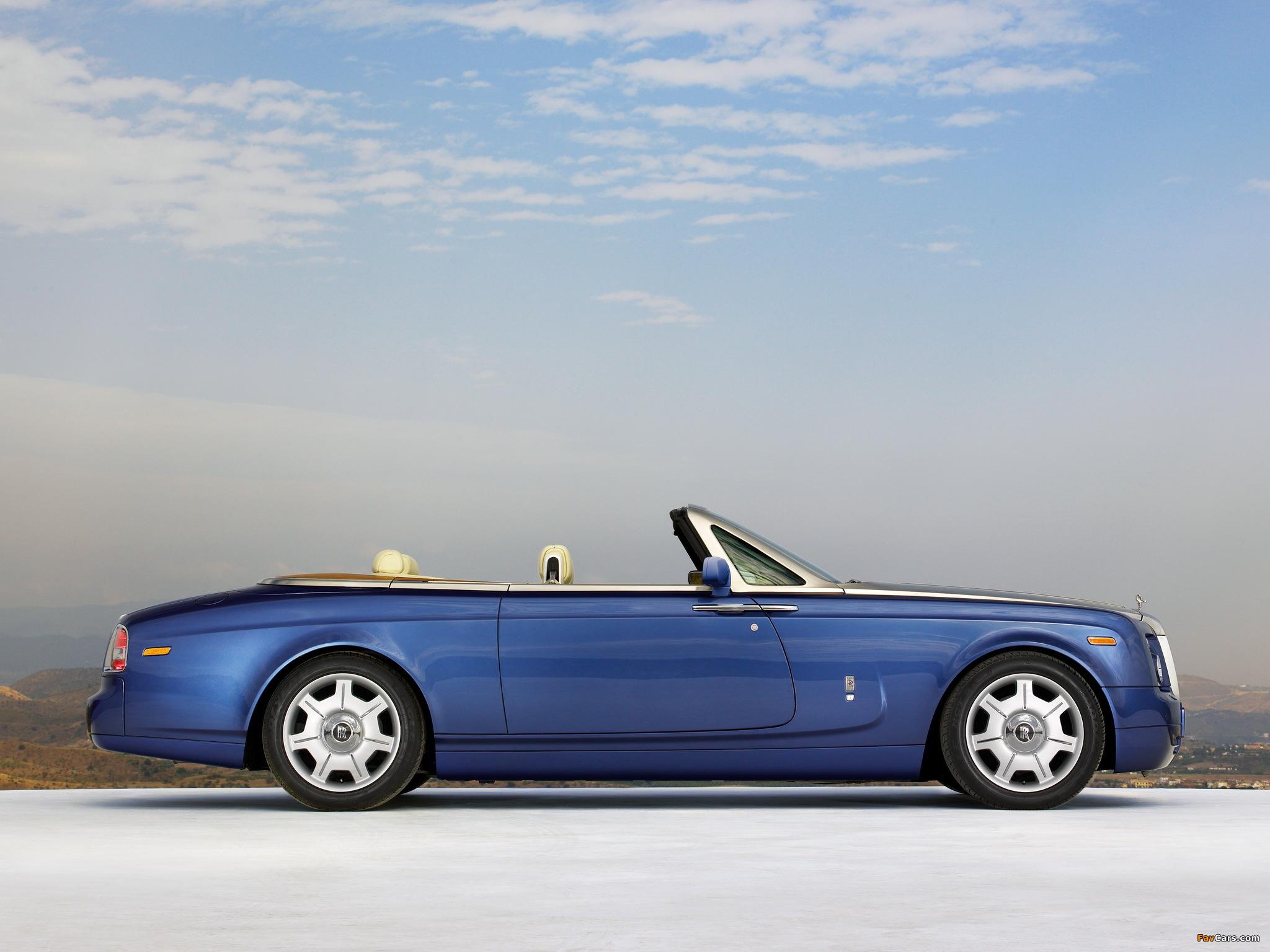 Pictures of Rolls-Royce Phantom Drophead Coupe UK-spec 2008–12 (2048 x 1536)
