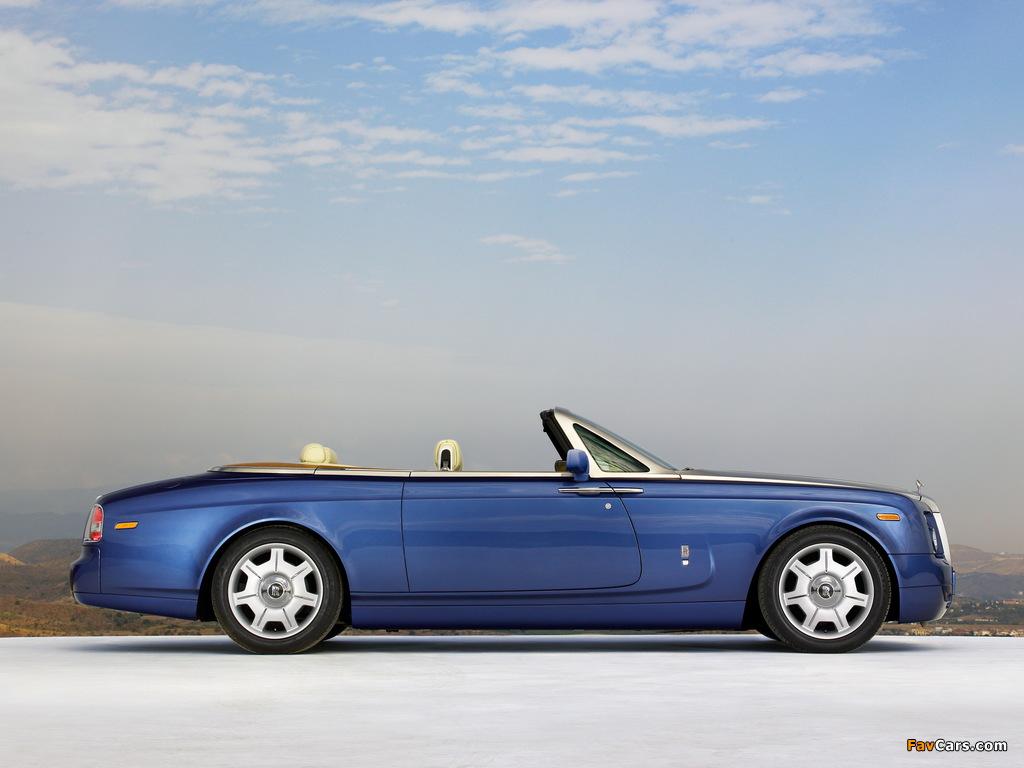 Pictures of Rolls-Royce Phantom Drophead Coupe UK-spec 2008–12 (1024 x 768)