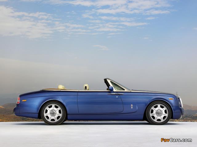Pictures of Rolls-Royce Phantom Drophead Coupe UK-spec 2008–12 (640 x 480)