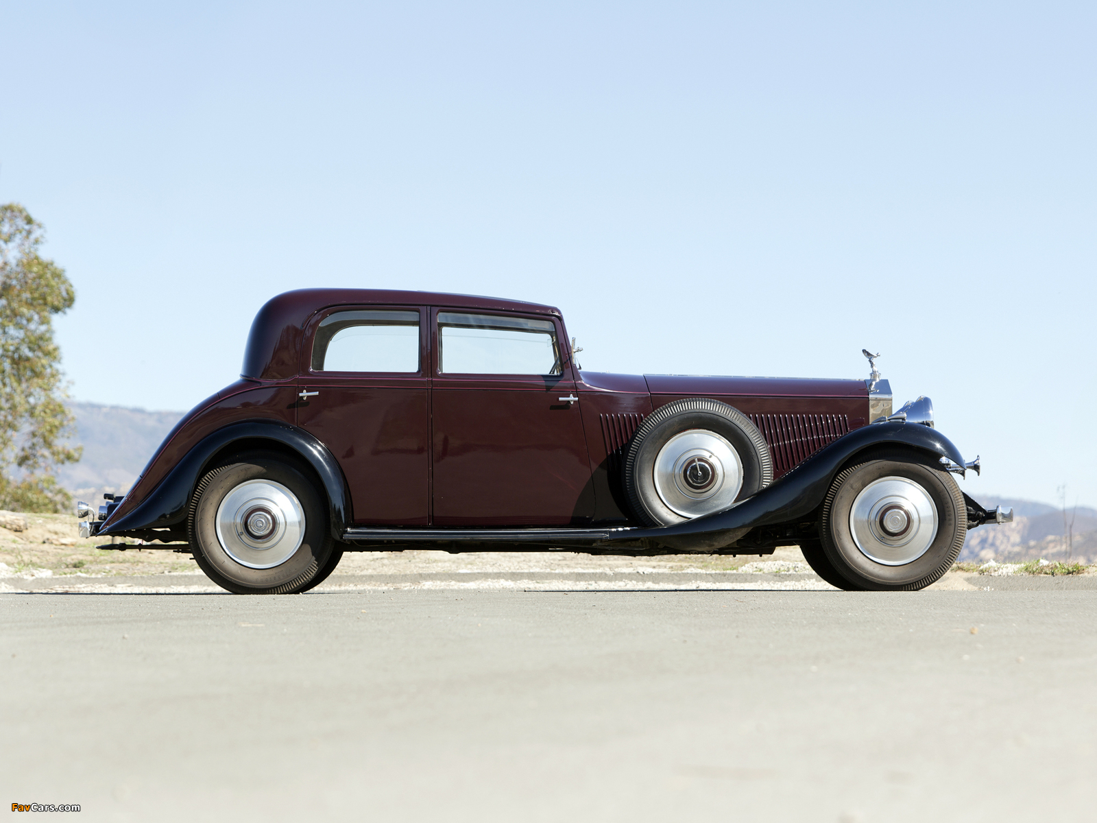 Rolls-Royce Phantom II Continental Touring Saloon by Barker 1933 pictures (1600 x 1200)