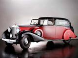 Rolls-Royce Phantom III Sedanca de Ville by Park Ward 1940 photos
