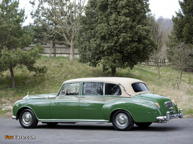 Rolls-Royce Phantom V Park Ward Limousine 1959–63 pictures (640 x 480)