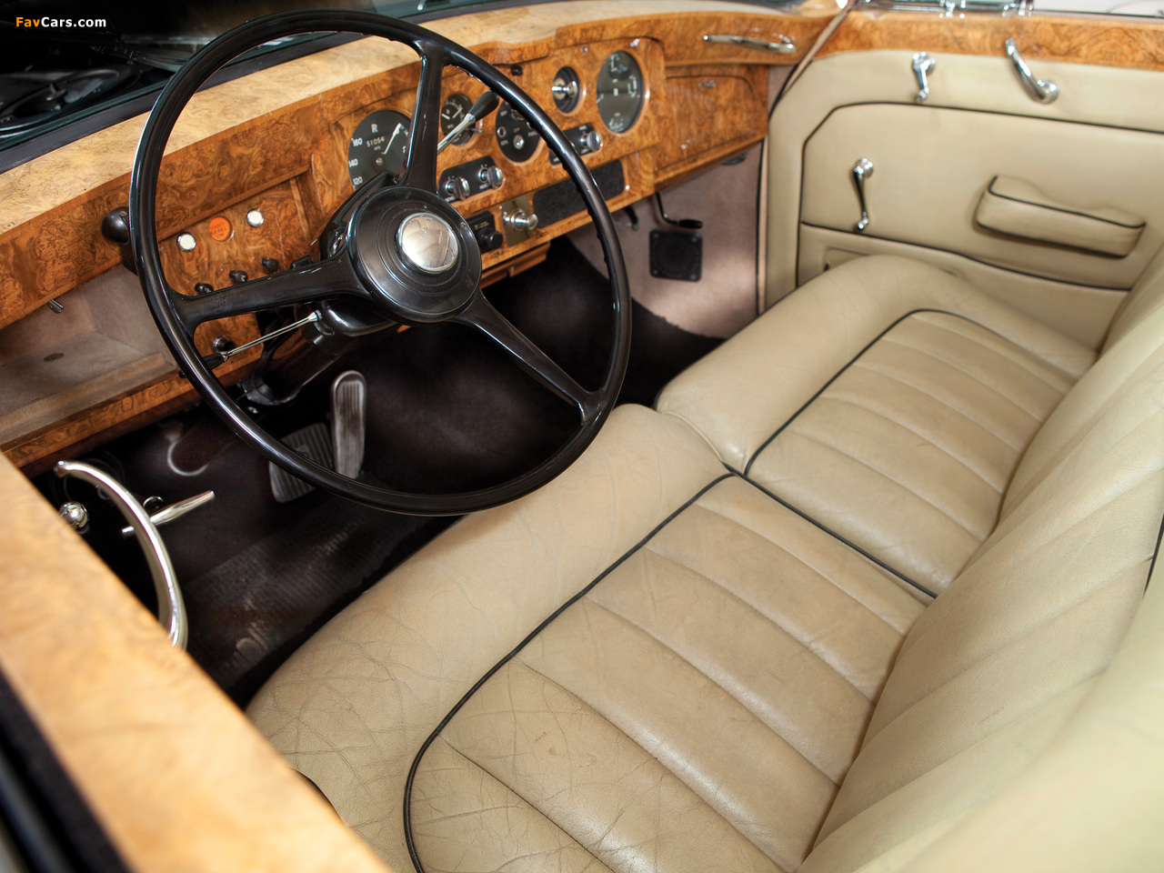 Rolls-Royce Phantom V Limousine by James Young 1959–63 wallpapers (1280 x 960)