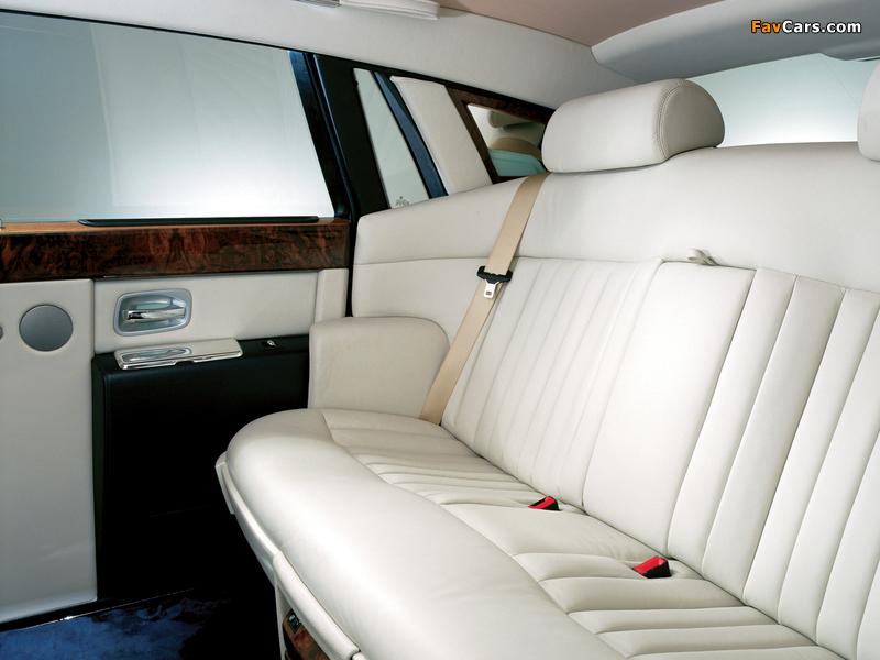 Rolls-Royce Phantom UK-spec 2003–09 photos (800 x 600)