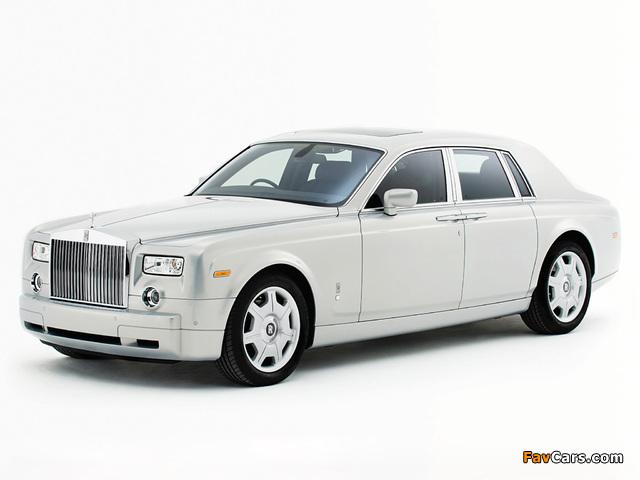 Rolls-Royce Phantom Silver Edition 2007 photos (640 x 480)