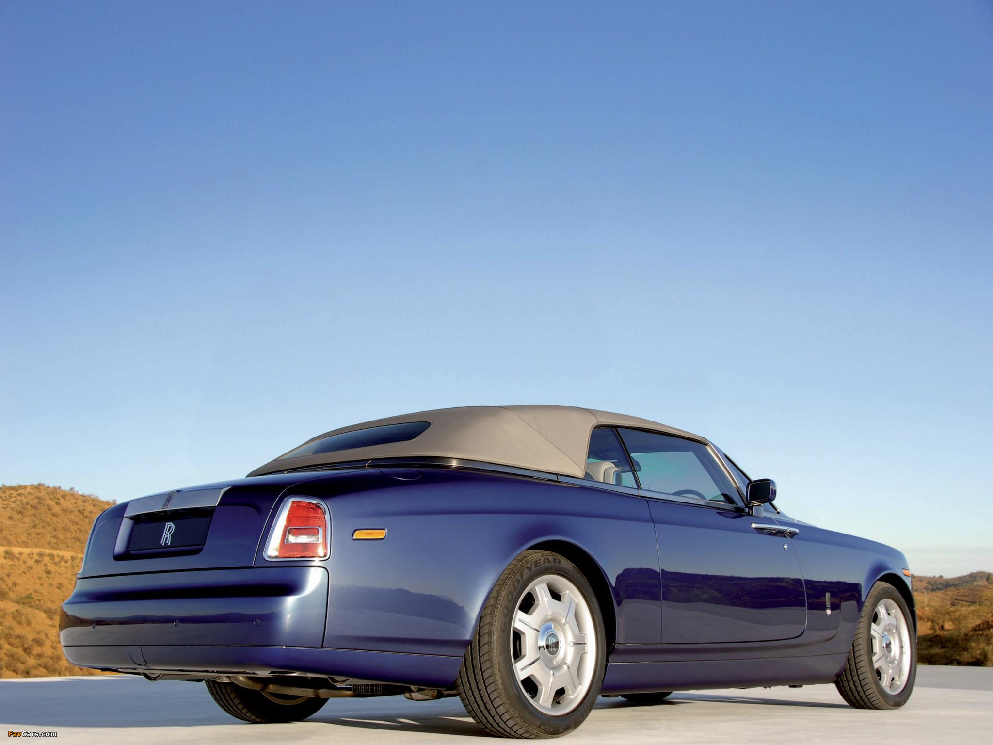 Rolls-Royce Phantom Drophead Coupe UK-spec 2008–12 photos (2048 x 1536)
