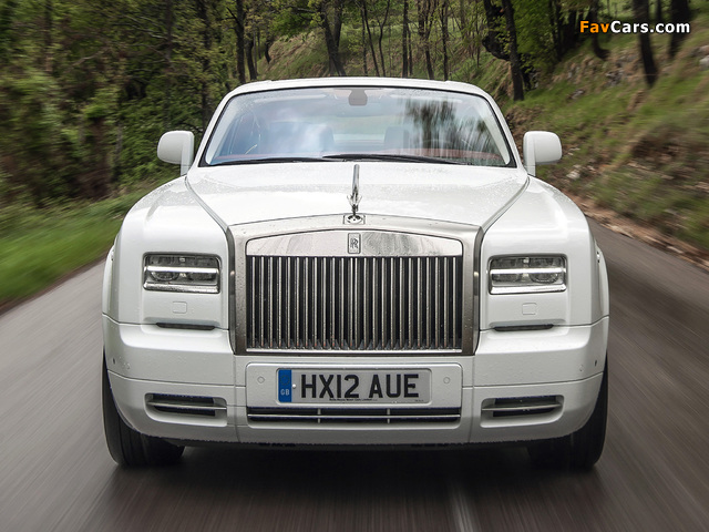 Rolls-Royce Phantom Coupe 2012 photos (640 x 480)