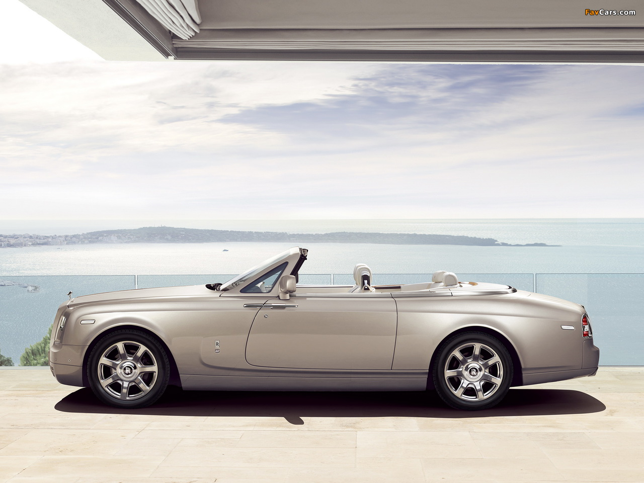 Rolls-Royce Phantom Drophead Coupe 2012 photos (1280 x 960)