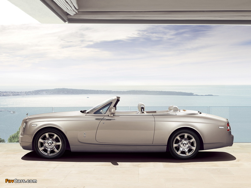 Rolls-Royce Phantom Drophead Coupe 2012 photos (800 x 600)