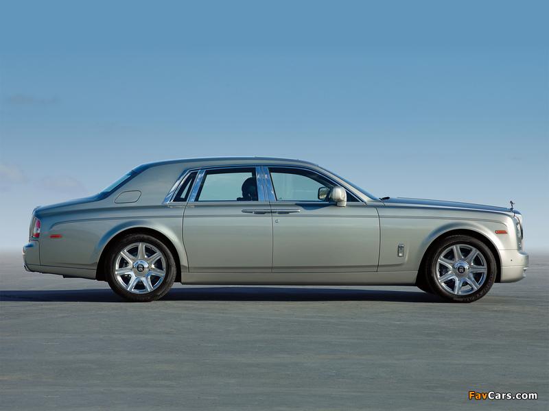 Rolls-Royce Phantom UK-spec 2012 wallpapers (800 x 600)