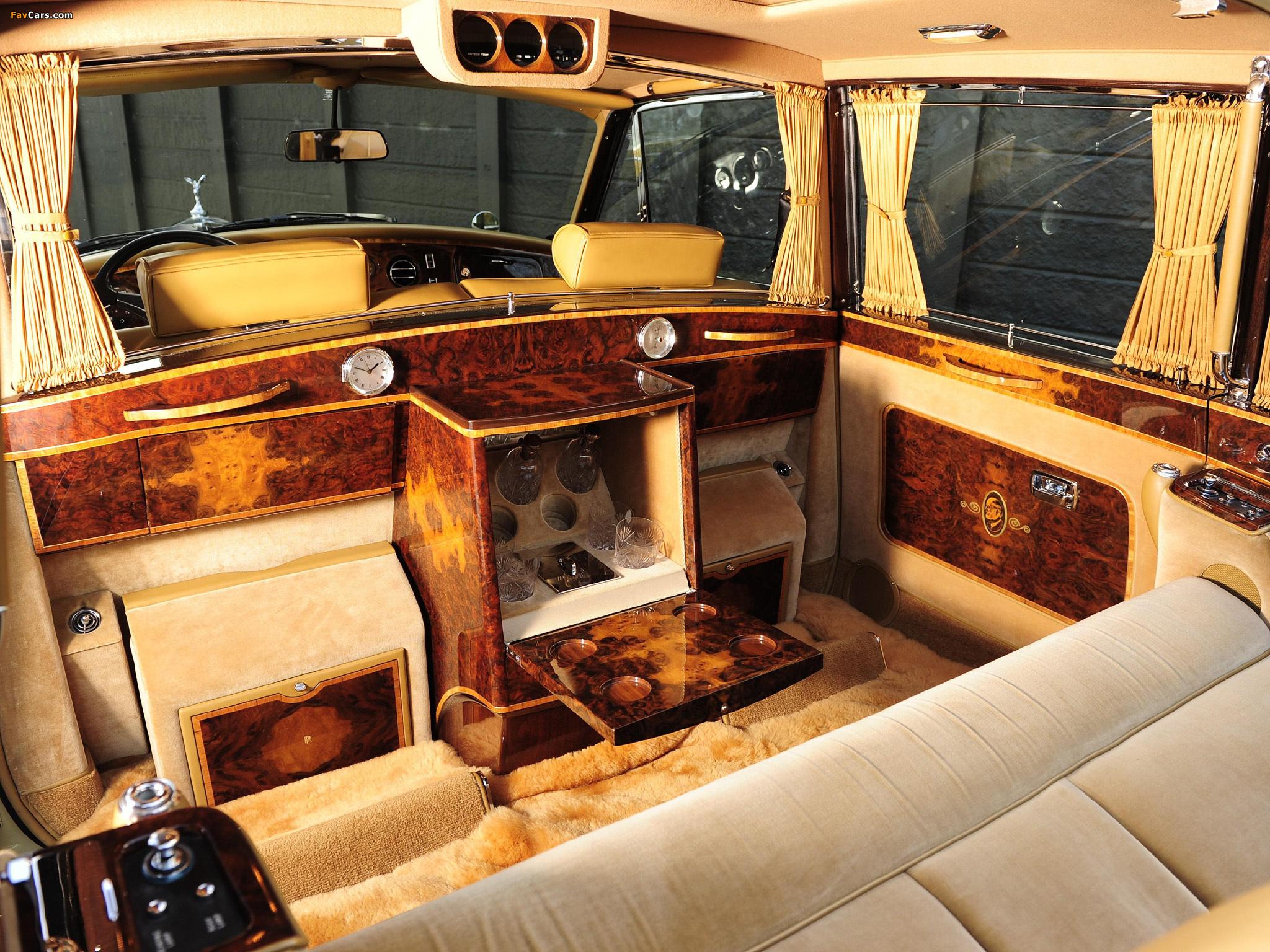 Rolls-Royce Phantom VI Landaulette (VI) 1973–92 wallpapers (2048 x 1536)
