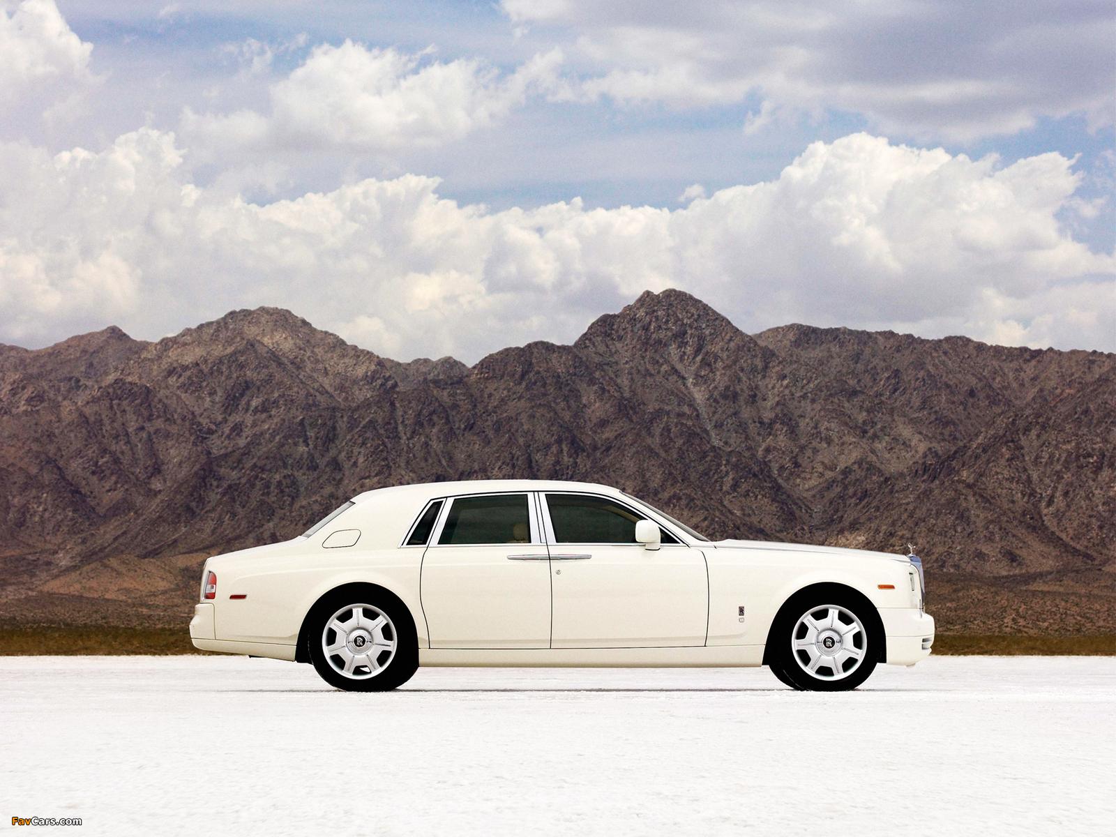 Rolls-Royce Phantom 2009 wallpapers (1600 x 1200)