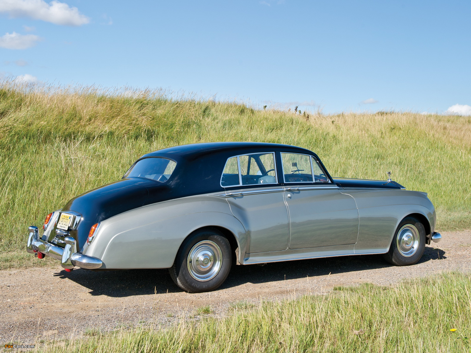 Images of Rolls-Royce Silver Cloud (I) 1955–59 (1600 x 1200)