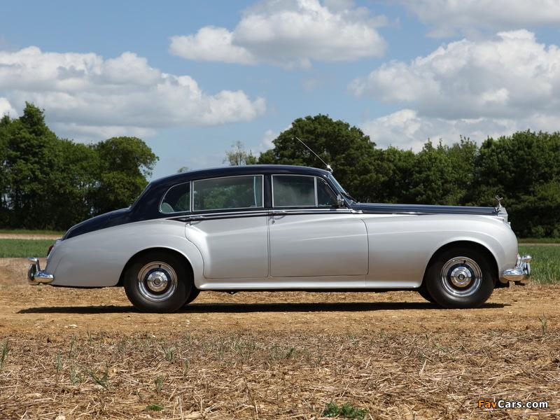 Photos of Rolls-Royce Silver Cloud EWB (I) 1955–59 (800 x 600)