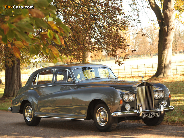 Pictures of Rolls-Royce Silver Cloud LWB Saloon by James Young (III) 1962–65 (640 x 480)