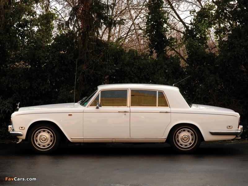 Rolls-Royce Silver Shadow 1965–77 wallpapers (800 x 600)