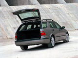 Pictures of Saab 9-5 Wagon 2002–05