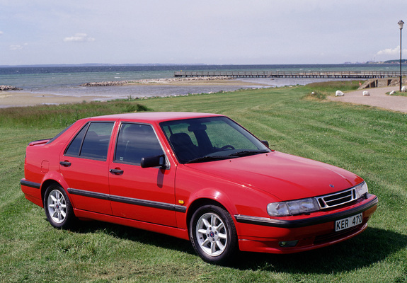 Pictures of Saab 9000 CSE Anniversary Edition 1996–98