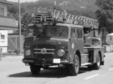 Saurer 5DF 4x2 Feuerwehr pictures