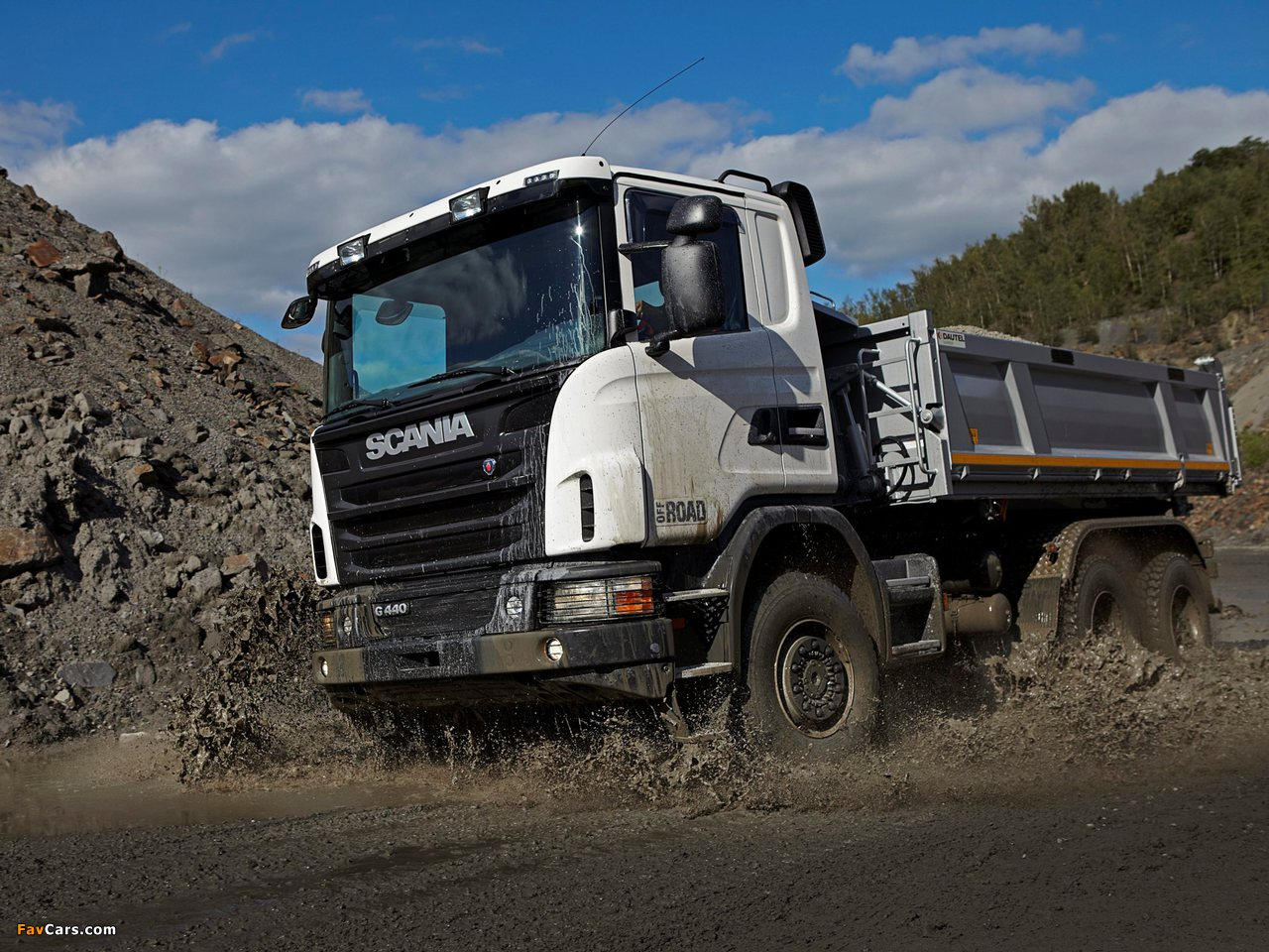 Scania G440 6x6 Tipper Off-Road Package 2011 photos (1280 x 960)
