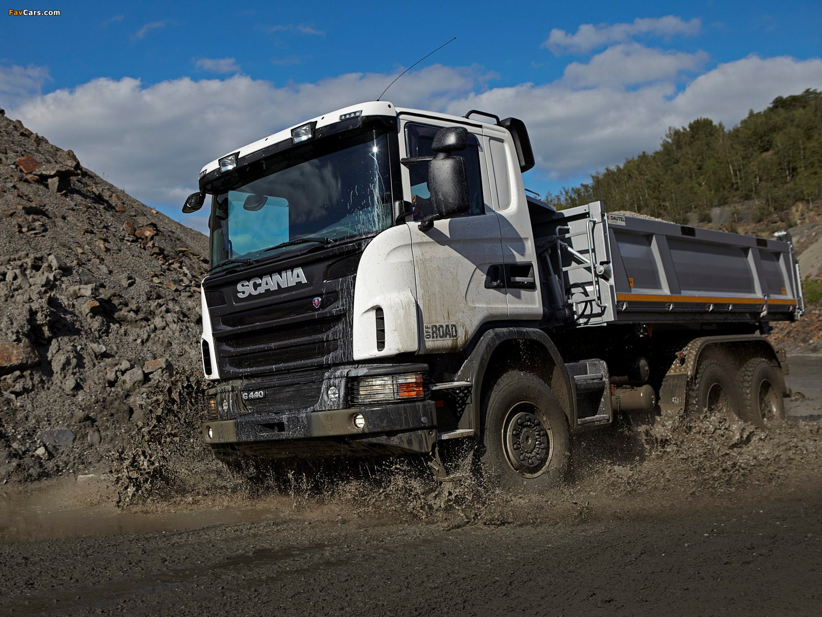 Scania G440 6x6 Tipper Off-Road Package 2011 photos (1600 x 1200)