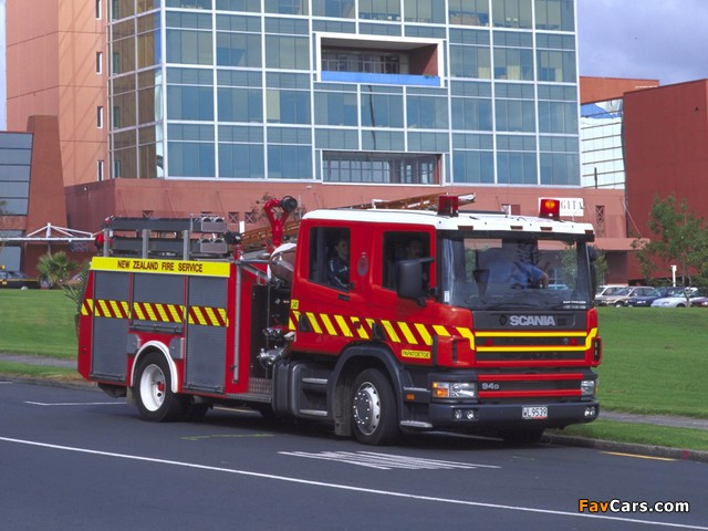 Scania 94D 310 4x2 Crew Cab Firetruck by Metz 2000–04 images (640 x 480)