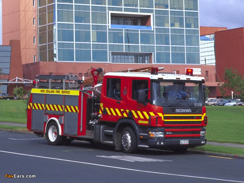 Scania 94D 310 4x2 Crew Cab Firetruck by Metz 2000–04 images (800 x 600)