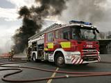 Images of Scania P310 4x2 Crew Cab Firetruck UK-spec 2005–10