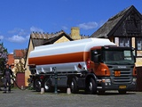 Scania P340 8x2 Tanker 2004–10 wallpapers