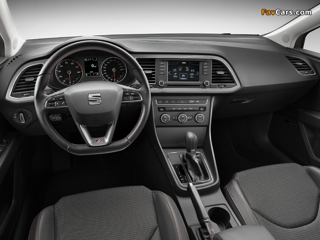 Seat Leon ST FR 2013 pictures (640 x 480)