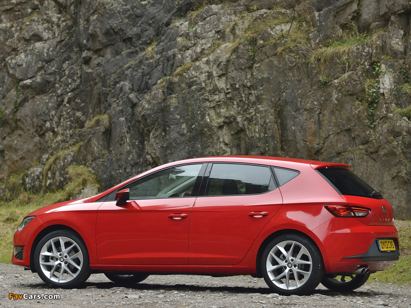 Seat Leon FR UK-spec 2013 wallpapers (800 x 600)