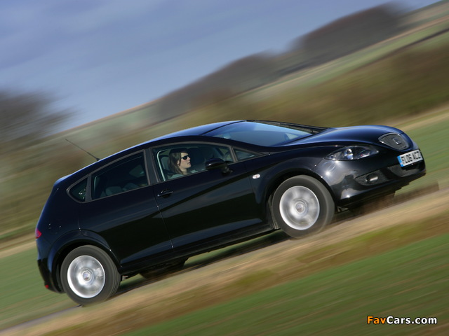 Seat Leon UK-spec 2005–09 wallpapers (640 x 480)
