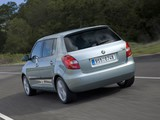 Škoda Fabia (5J) 2010 photos